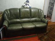 Старинный кожанный диван