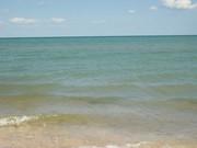 Земля на побережье Азовского моря