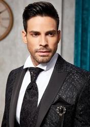 Продажа мужских костюмов оптом и в розницу